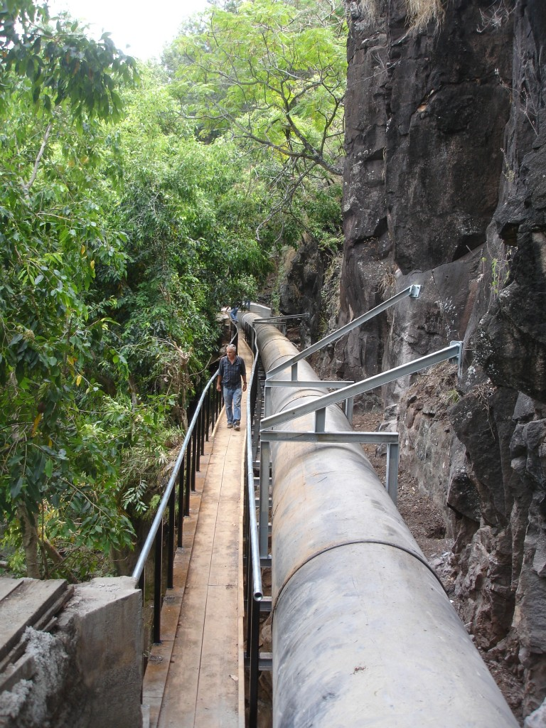 """48"""" HDPE anchored to side of cliff, Pipeworkby ITC"""